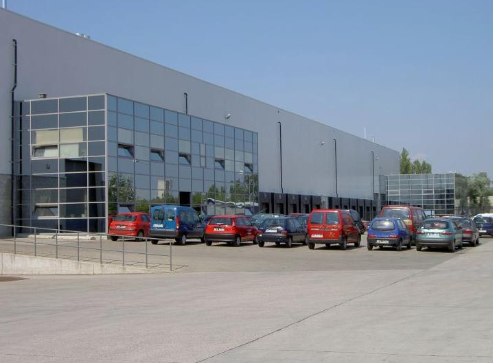 BOKSERSKA DISTRIBUTION CENTRE Warsaw